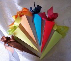 Plain Covered Paper Favor Cones for Wedding Favors
