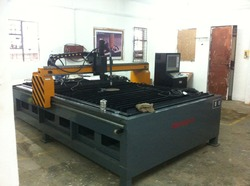 Cnc plasma table cutting machines