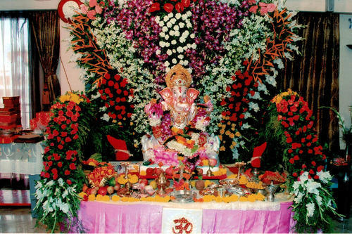 Pics for ganpati mandap decoration with flowers New flower decoration