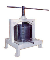 Basket Press Juicer