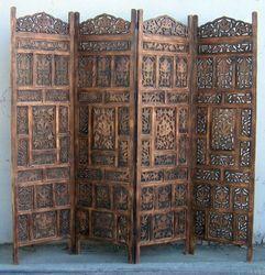 woodem room divider