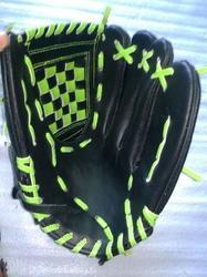 Gloves in Genuine Leather
