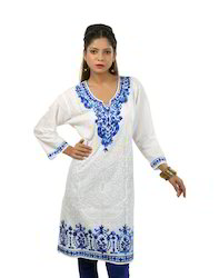 White+Cotton+Kurta+with+White+Embroidery+and+Contrast+Embroi