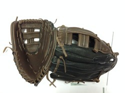 Base Ball Gloves in Cow Hide Leather