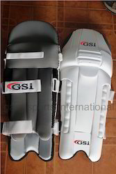 Cricket Leg Guards or Batting Pads