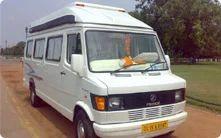 9 Seater Tempo Traveller Rental Service