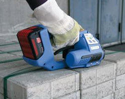 Battery Operated Polyester Strapping / Welding Tool