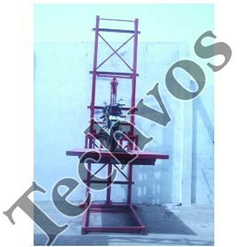 Vertical Hydraulic Lift