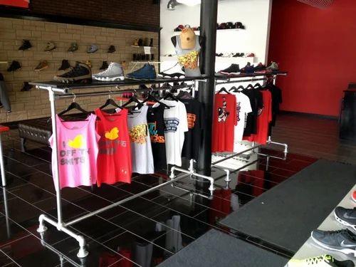 Retail Furniture Amp Accessories Showroom Clothing Racks