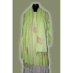 Women Embroidered Cotton Kurta