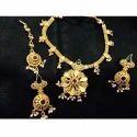 Flower Shape Gold Necklace Set