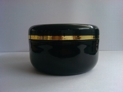 re 200 ml jar with inner plug golden ring