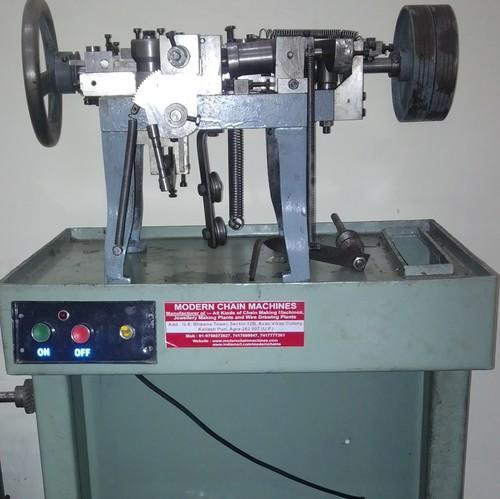 Curb Chain Machine