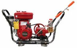 Sprayer with Honda Engine