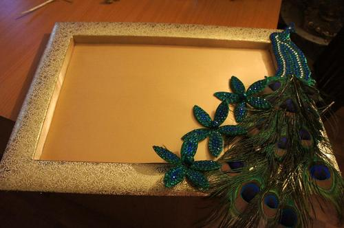 Peacock Packing Trays