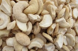 Cashew Kernel Pieces