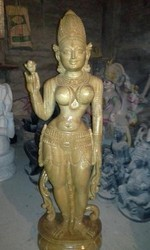 Jakshini Wood Statue