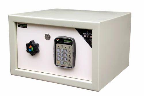 Safe locker RG-03