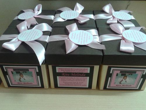 Birthday Gifts Manufacturer From Mumbai