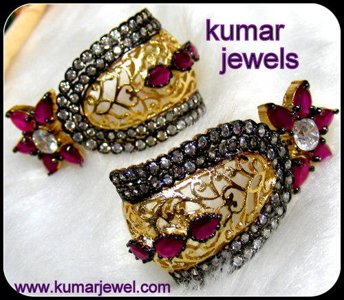 Mughal Earring in Red