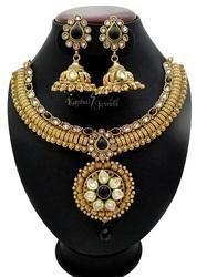 bridal heavy look necklace set
