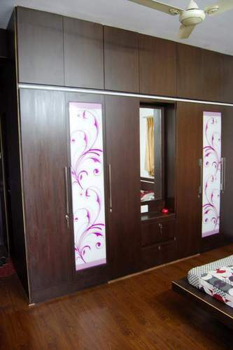 Wooden Home Furniture - Wooden Wardrobe Wholesale Trader from Nagpur