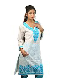 White+Cotton+Kurta+with+White+Embroidery+and+Contrast+Blue+E