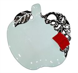 apple-shaped-bowl