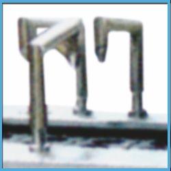 Automatic Bottle Filling and Aluminium Foil Sealing Machine