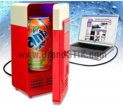 mini usb desktop fridge