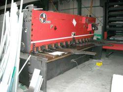 Hydraulic Shearing Machine - Accura
