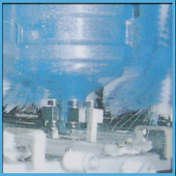 Automatic Plastic Jar Filling and Cap Sealing Equipment for Mineral Water