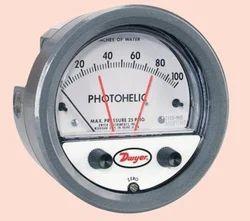 Photohelic Switch and Gauges