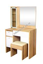 D5 Dressing Table