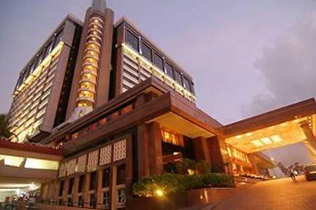 Mumbai Hotels Taj Lands End Service Provider From Delhi