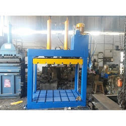 Fabric Baling Machine