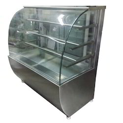 Curve Glass Pastry Display Counter