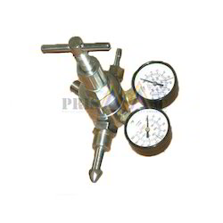 Oxygen Pressure Regulator - Chrome Plated Brass