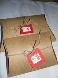 Logo Printed Kraft Paper Pillow Boxes With Jute String