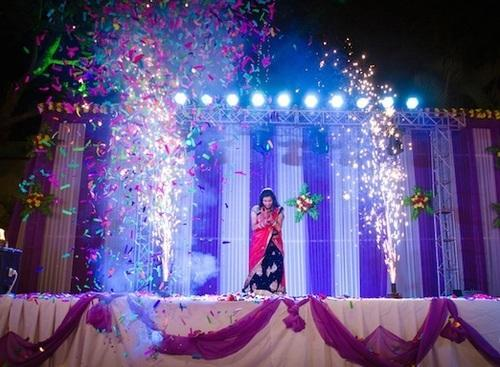 Stage decoration ideas for farewell party for Annual function decoration