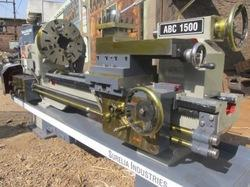 Heavy Lathe Machine
