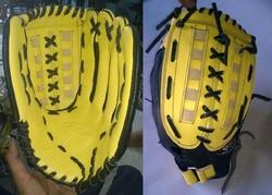Gloves in All high quality Leather with Deep pockets