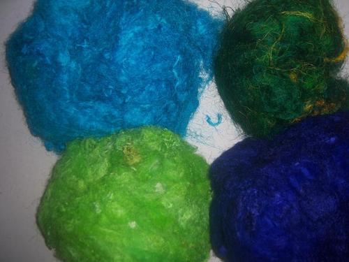 Solid Colored Sari Silk Fibers For Spinners, Weavers