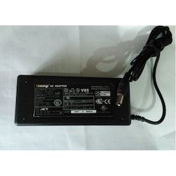 Scomp Laptop Adapter Toshiba 15V 5a