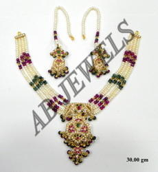 Jadau Gold Necklace