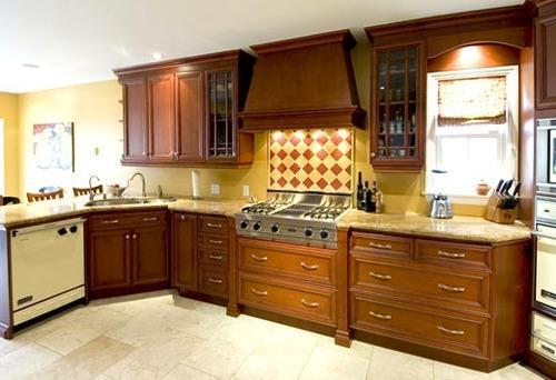 Rubber Wood Modular Kitchens