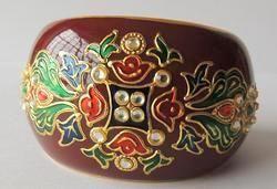 gold leaf work bangles