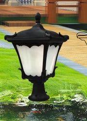 Vista Antic Gate Light