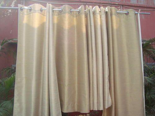 Curtain Story