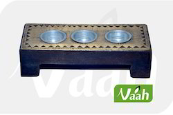 Vaah Decorative Wooden T-Lite Candle Holder Stand